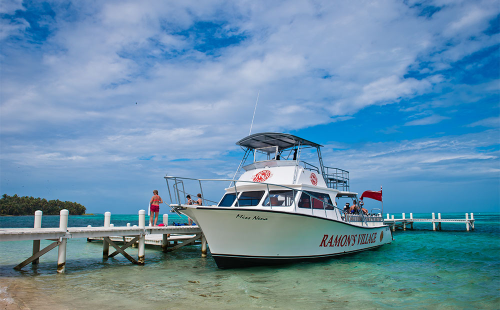 Image of Belize scuba boat Scuba Professionals of Arizona