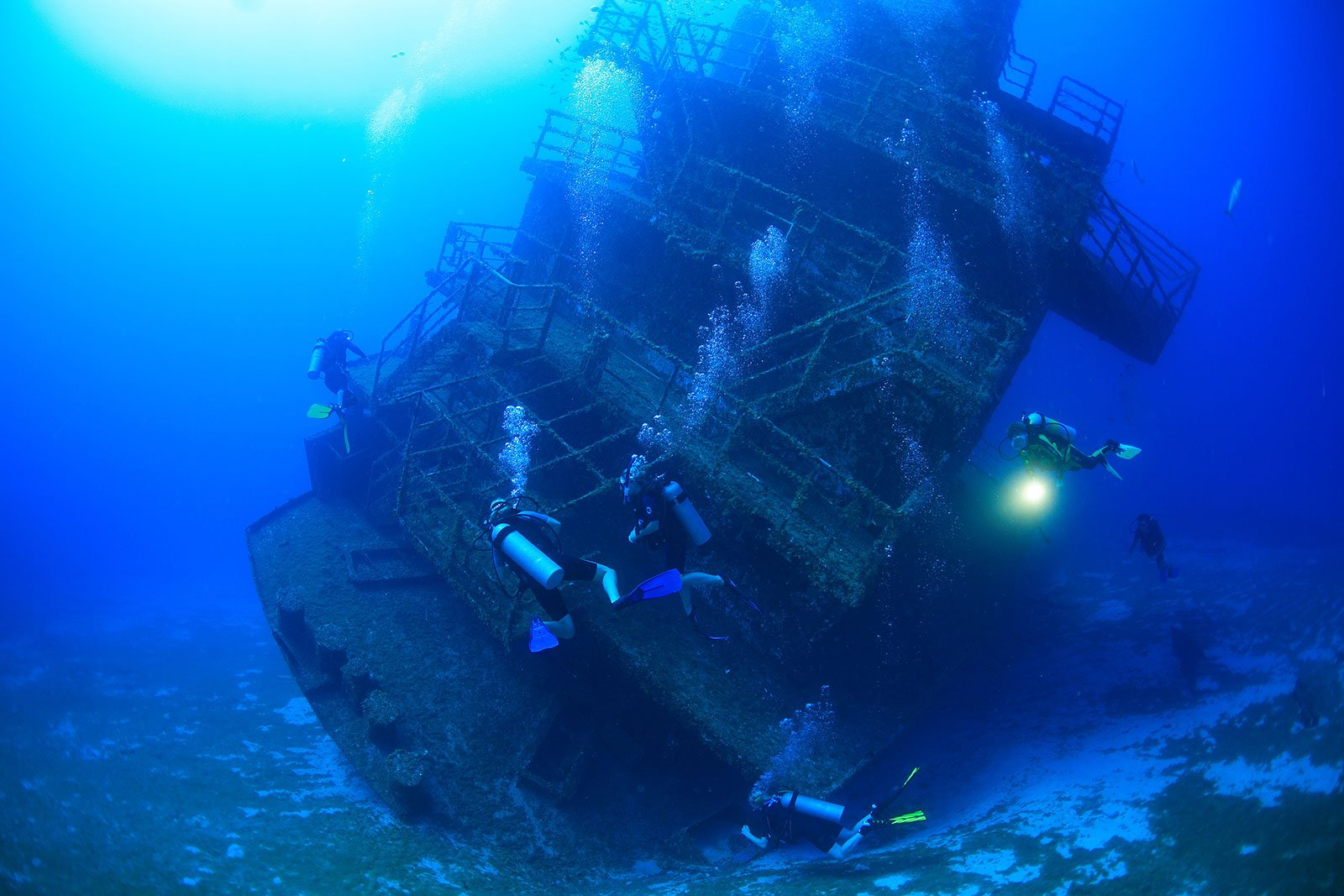 Image of Wreck Diving in Roatan