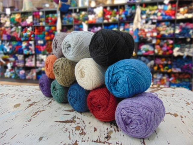 Universal Yarn Uptown Worsted