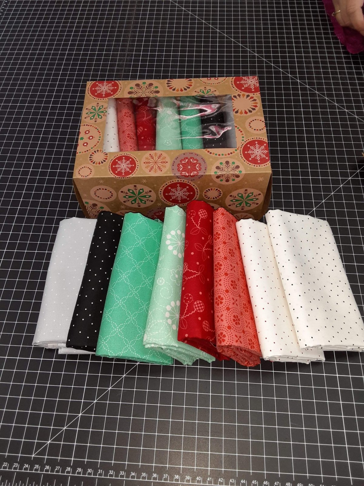 1/2 yd cut Kimberbell Collection - 8pk in Christmas Box