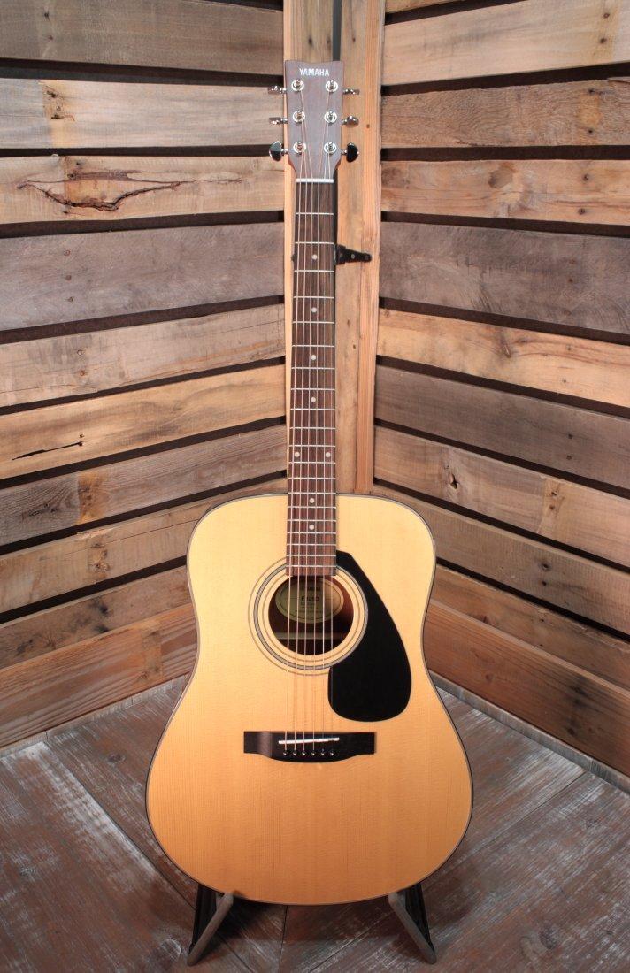 Yamaha F325D Dreadnought Acoustic Guitar BLEM