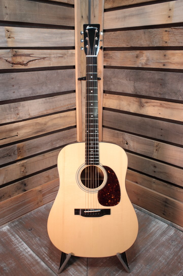 Eastman E10D All Solid Dreadnought Acoustic Guitar with Hardshell Case
