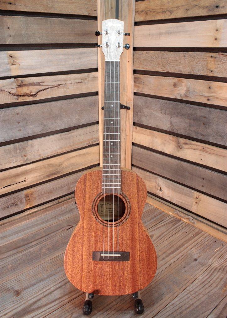 Alvarez RU22BE Regent Series Baritone Acoustic/Electric Ukulele