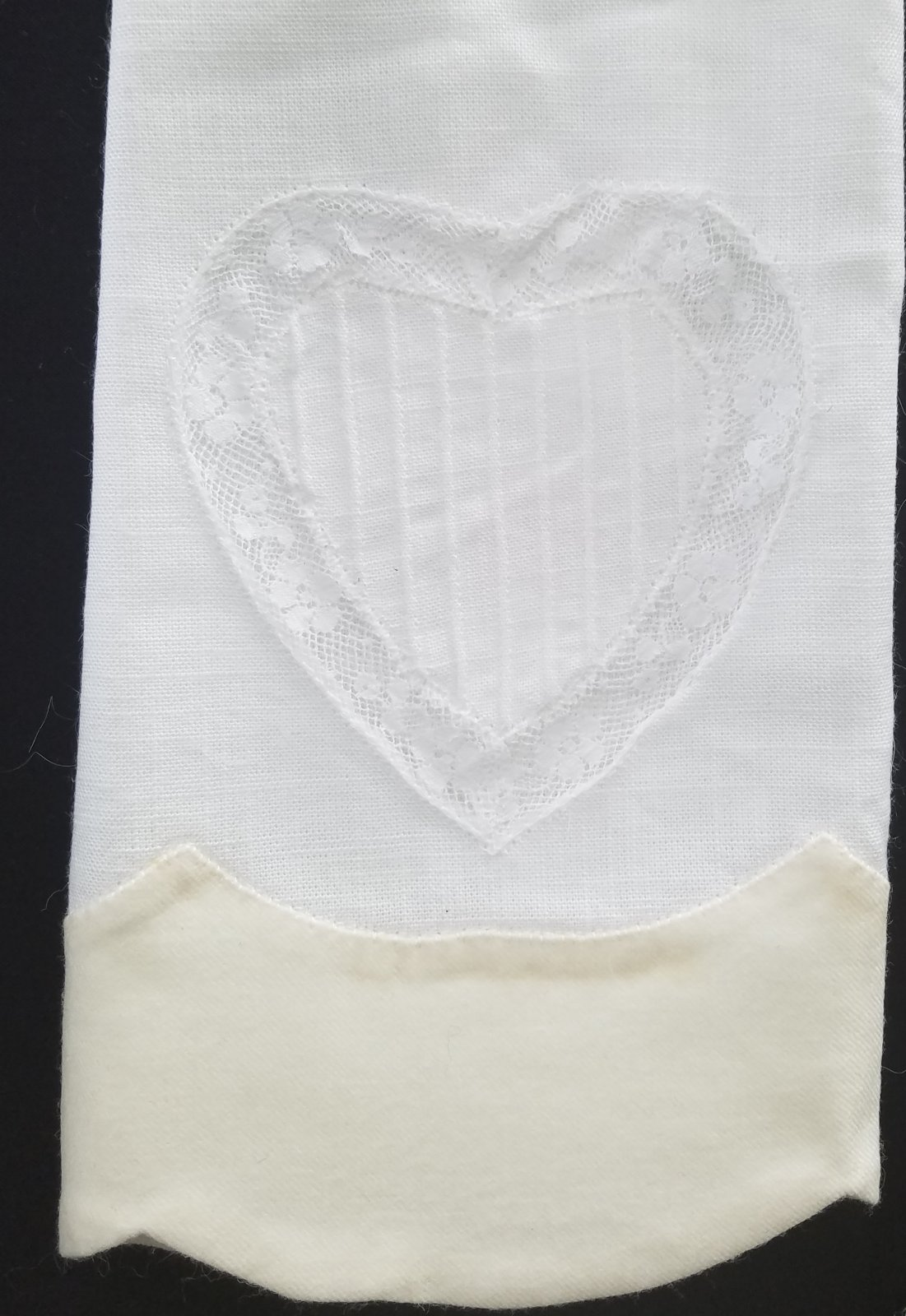 double scalloped madeira tea towel