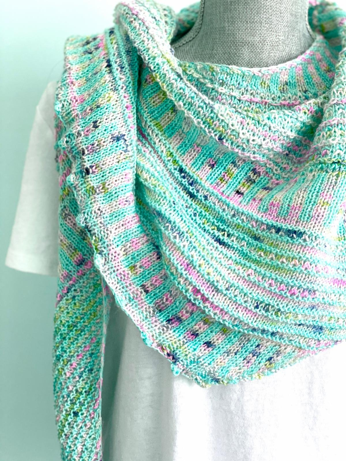2020 LYS DAY Casapinka Breathe and Hope shawl Kit
