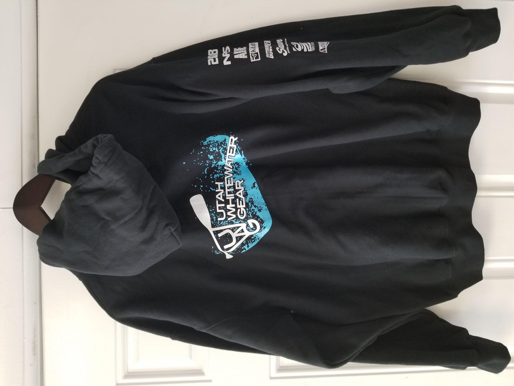 UWG - Zip Hoody in Black