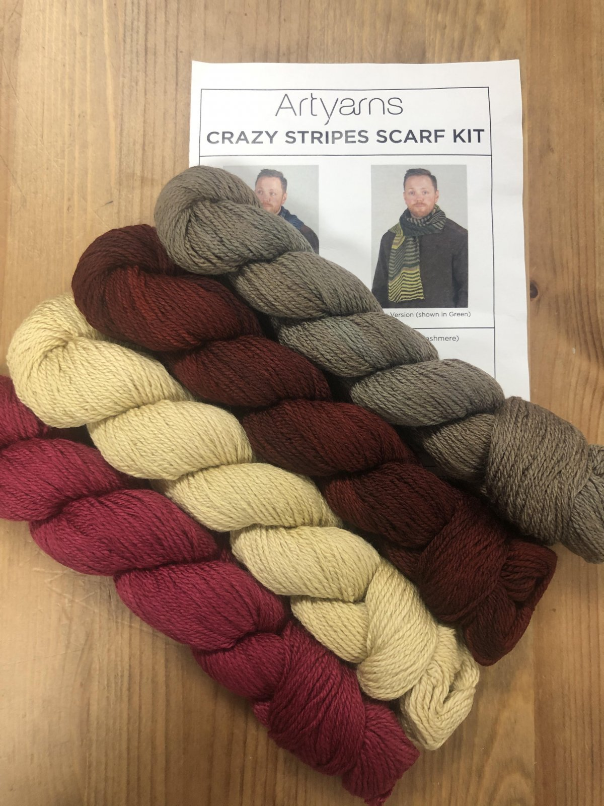 Artyarns Crazy Stripes Scarf Kit (Red)