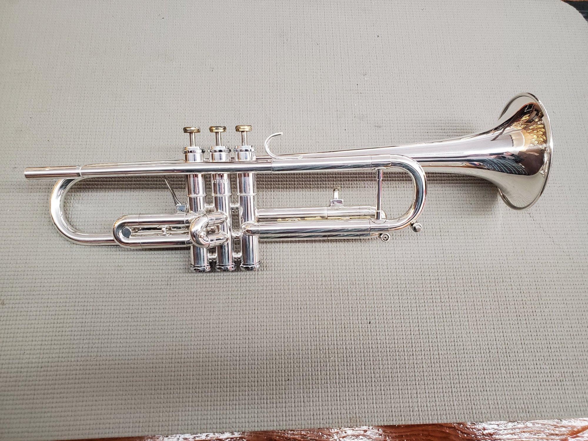 Used Getzen Capri Bb Trumpet