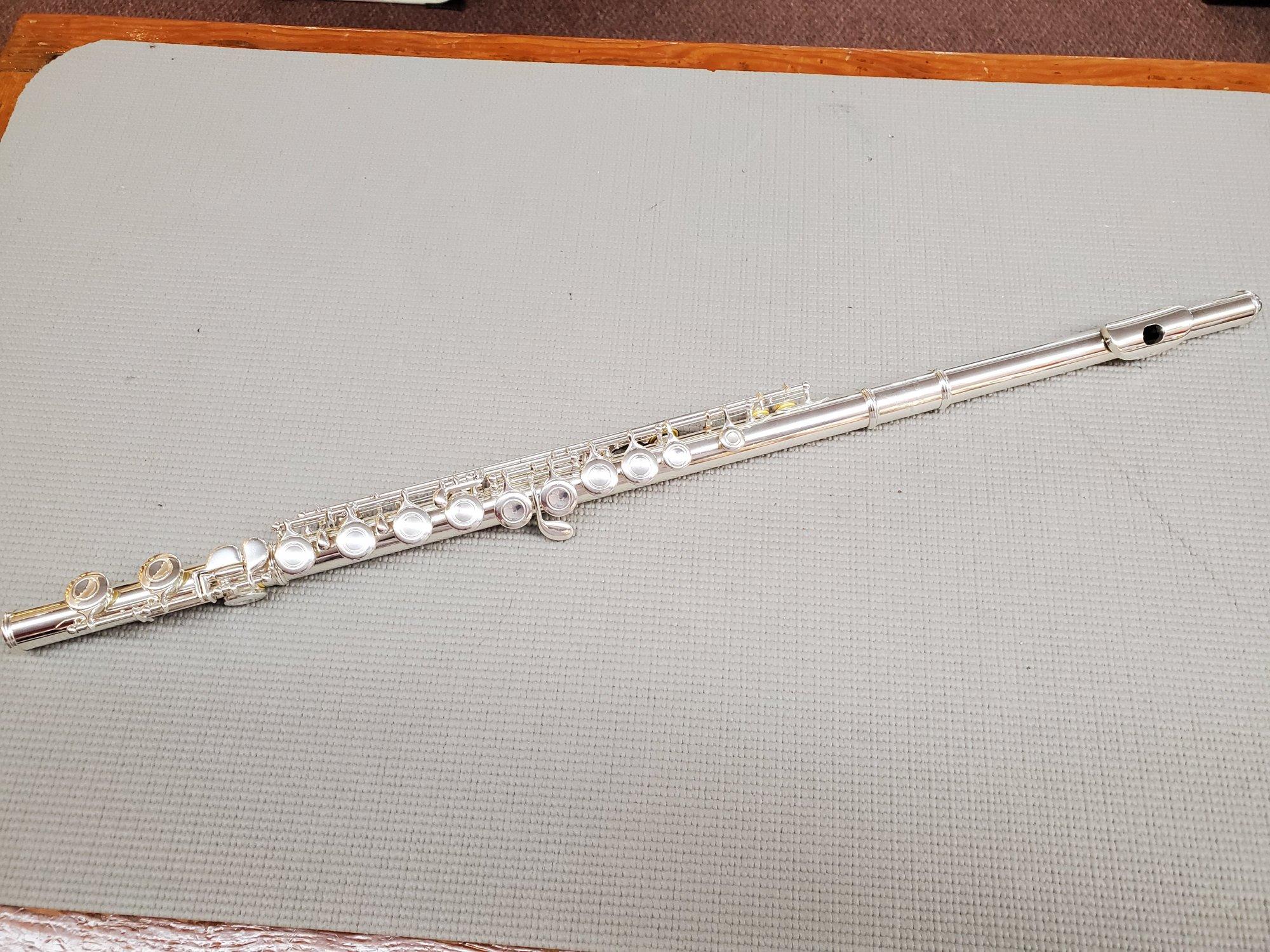 Yamaha 225S Closed Hole Flute