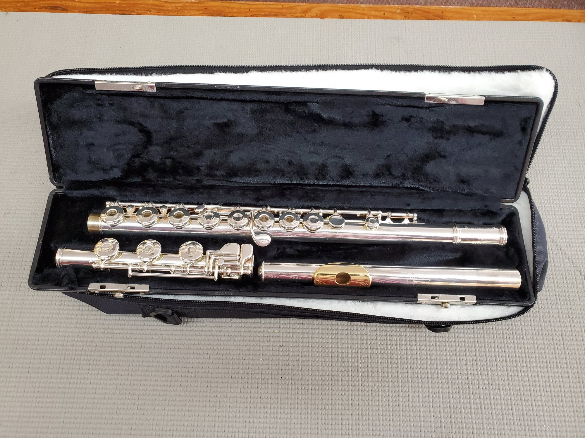 Gemeinhardt 3SHB Open Hole Inline Flute (Gold Lip Plate)