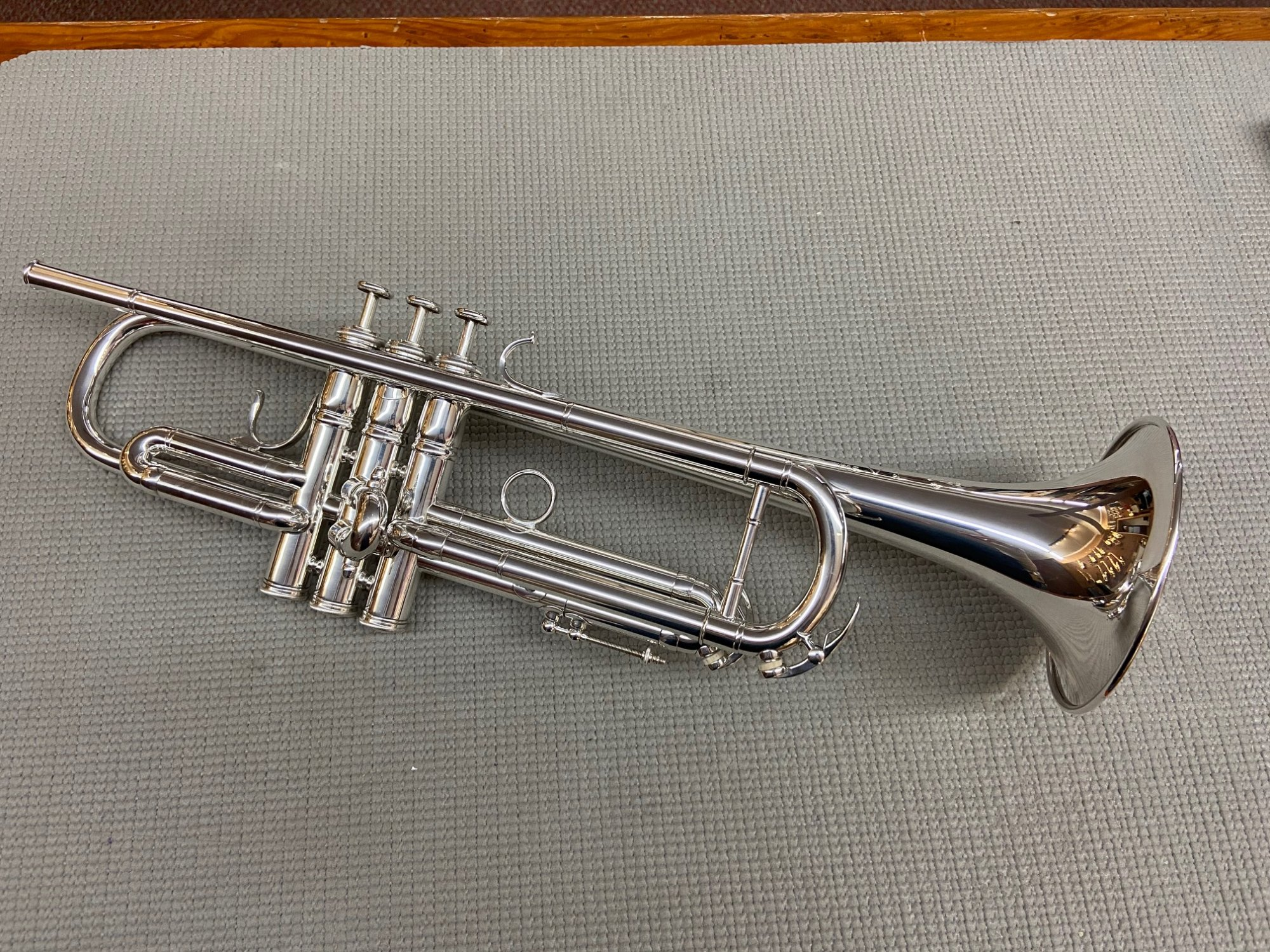 **EXCELLENT CONDITION** Used Besson French MEHA Bb Trumpet