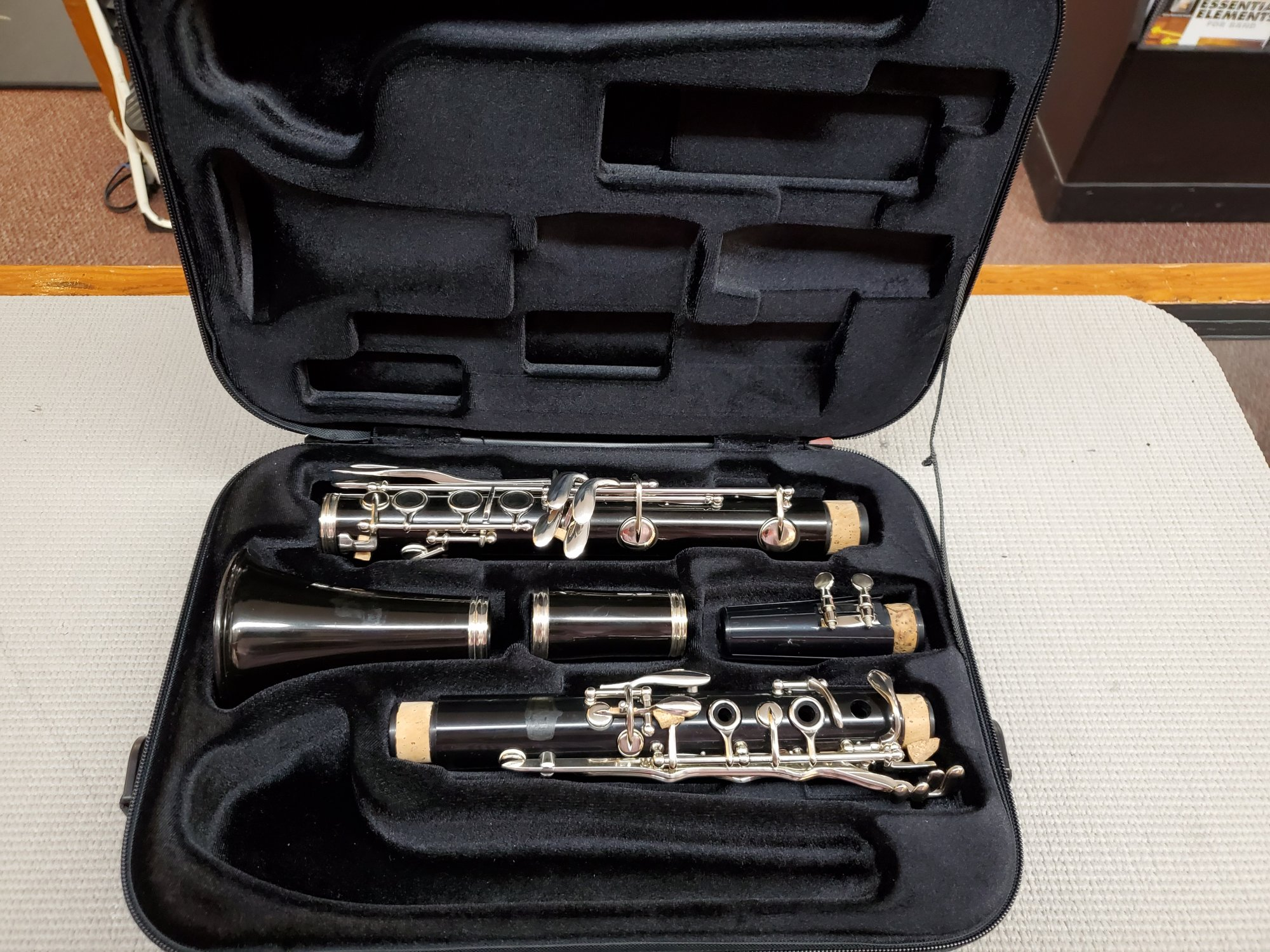 Used Bundy Bb Clarinet