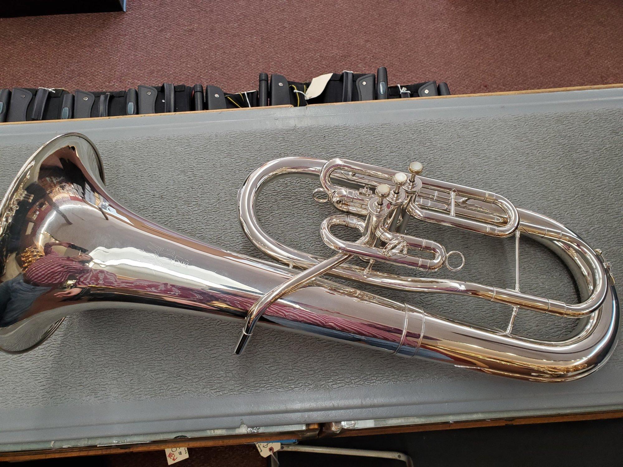 Used King U.S.A 627 Baritone