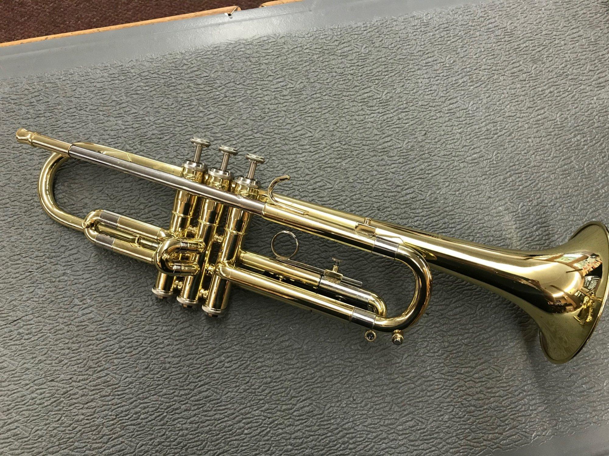 Used Getzen 300 Trumpet