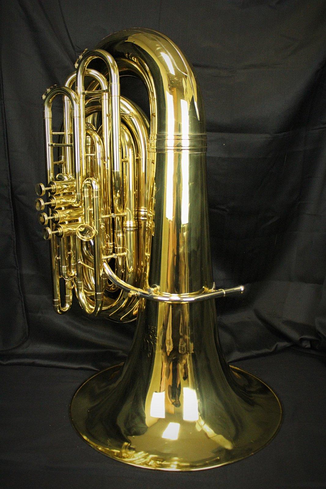 King 4/4 tuba with 4 valves