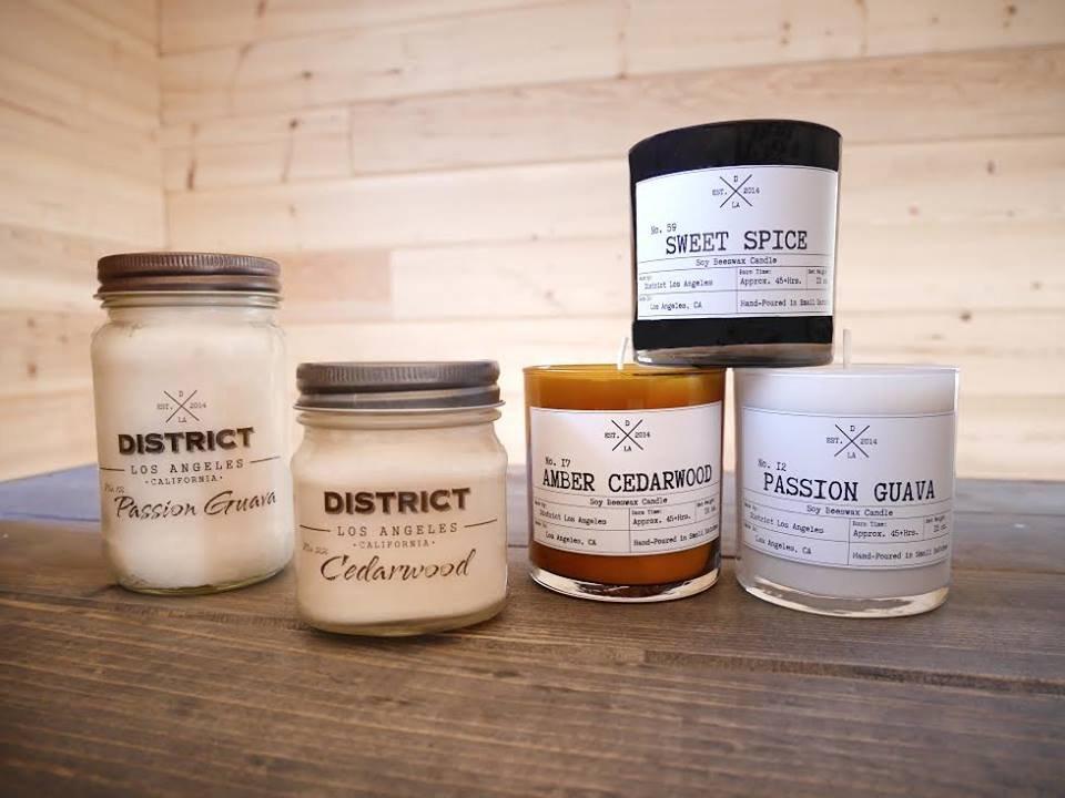 District mason jar candle