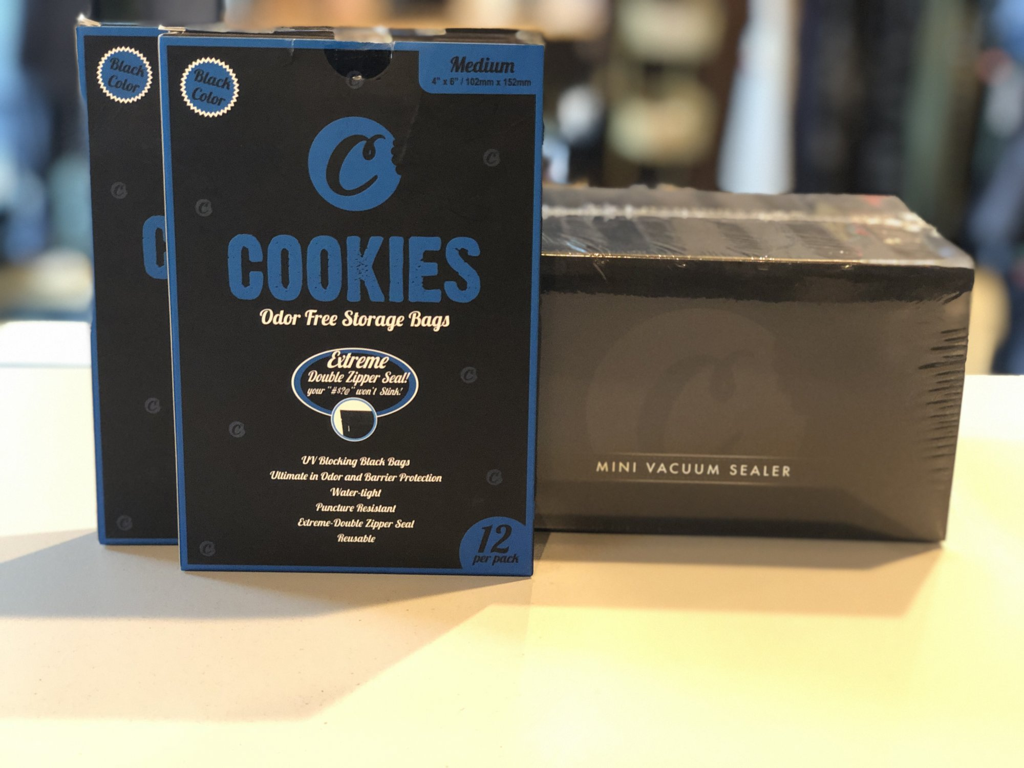 Cookies mini vacuum sealer