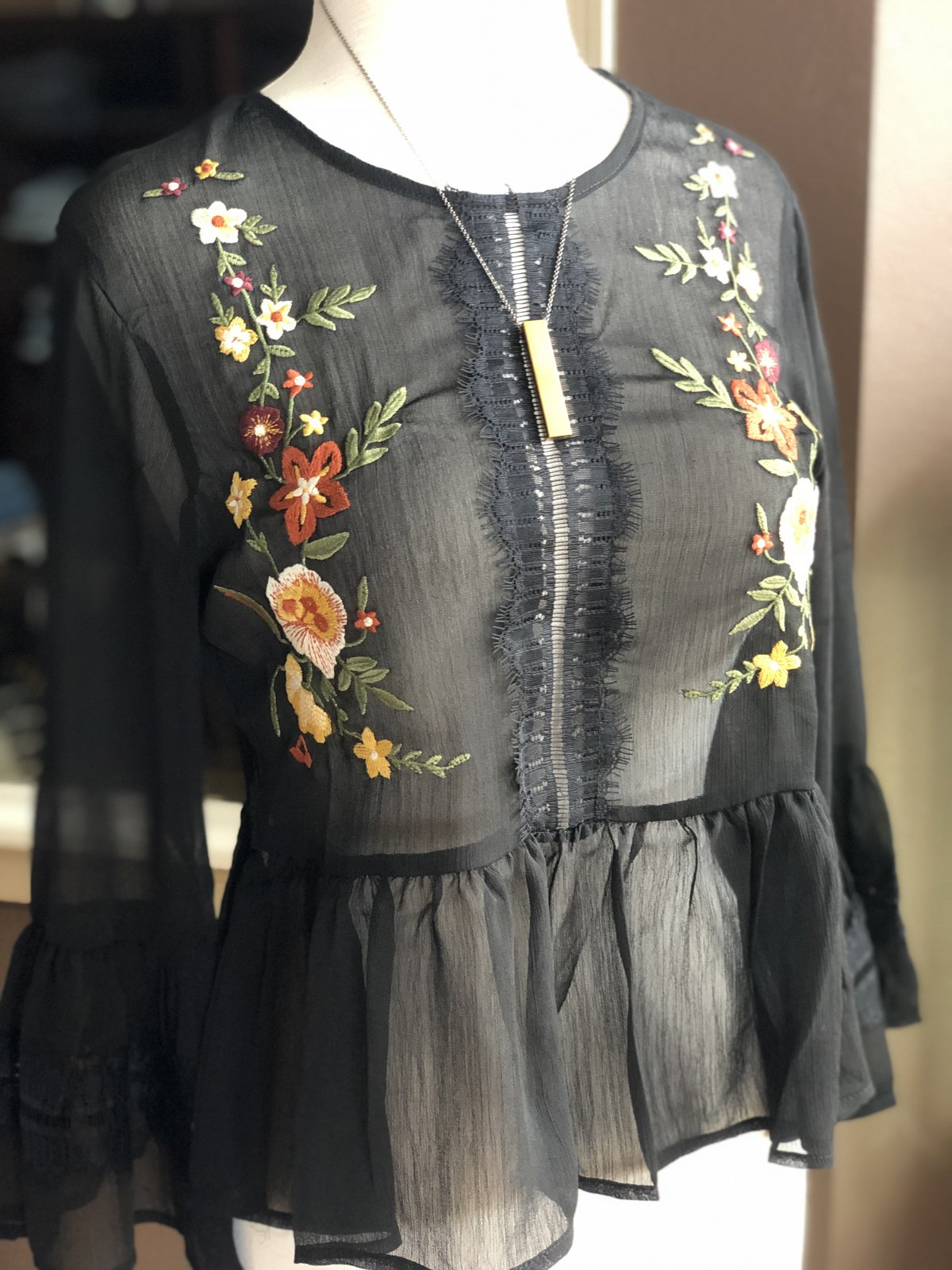 Angie floral embroider sheer top