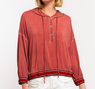 Pol button top hoodie