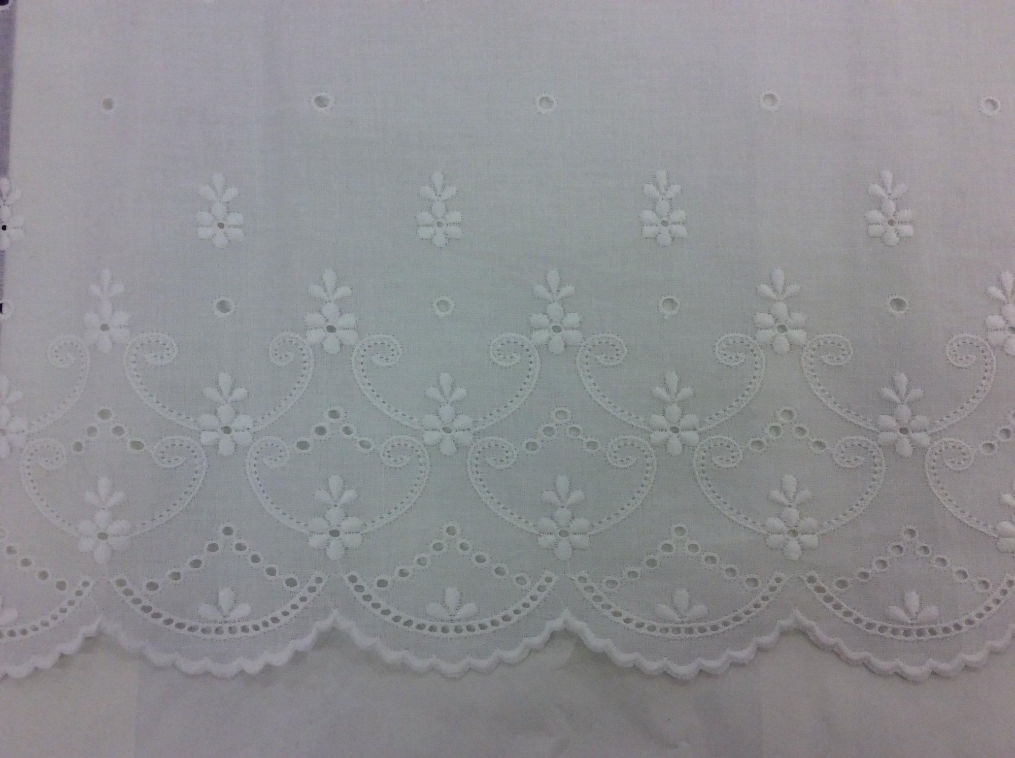 White Swiss Edging 30 inches wide