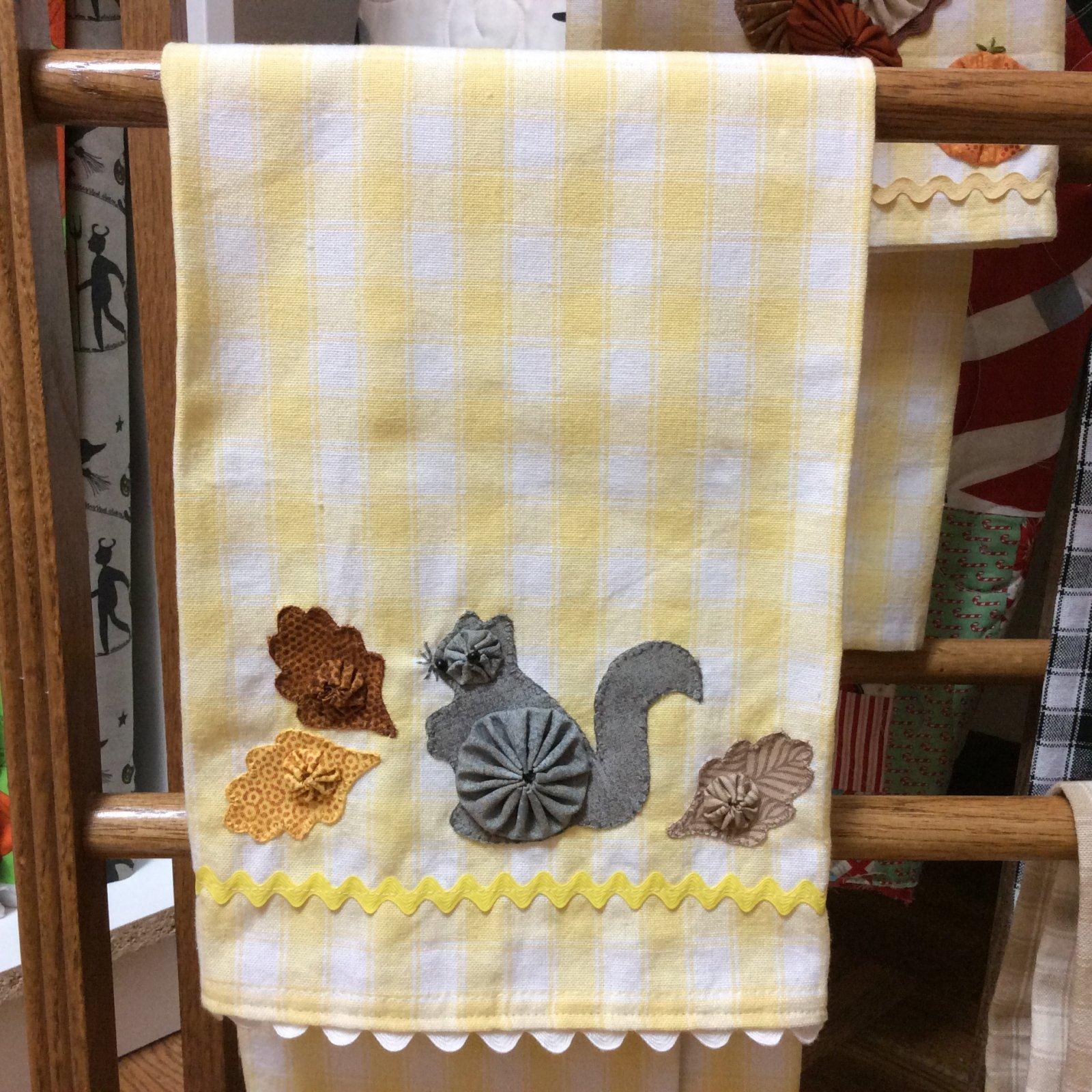 Squirrel Tea Towel Kit