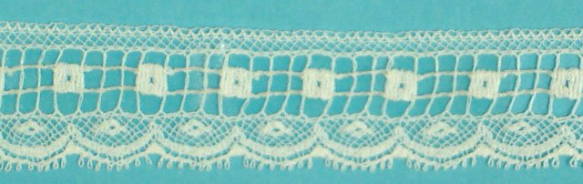 5/8 lace edging - white 200372