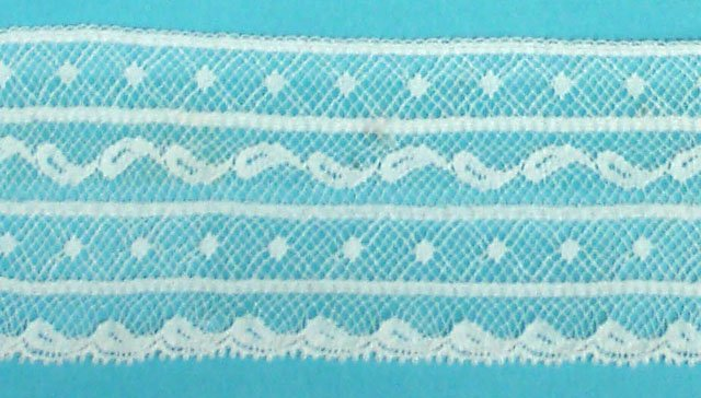 1 3/8 lace edging - white 20175