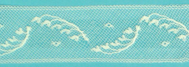 1 1/8 lace insertion - white 208636