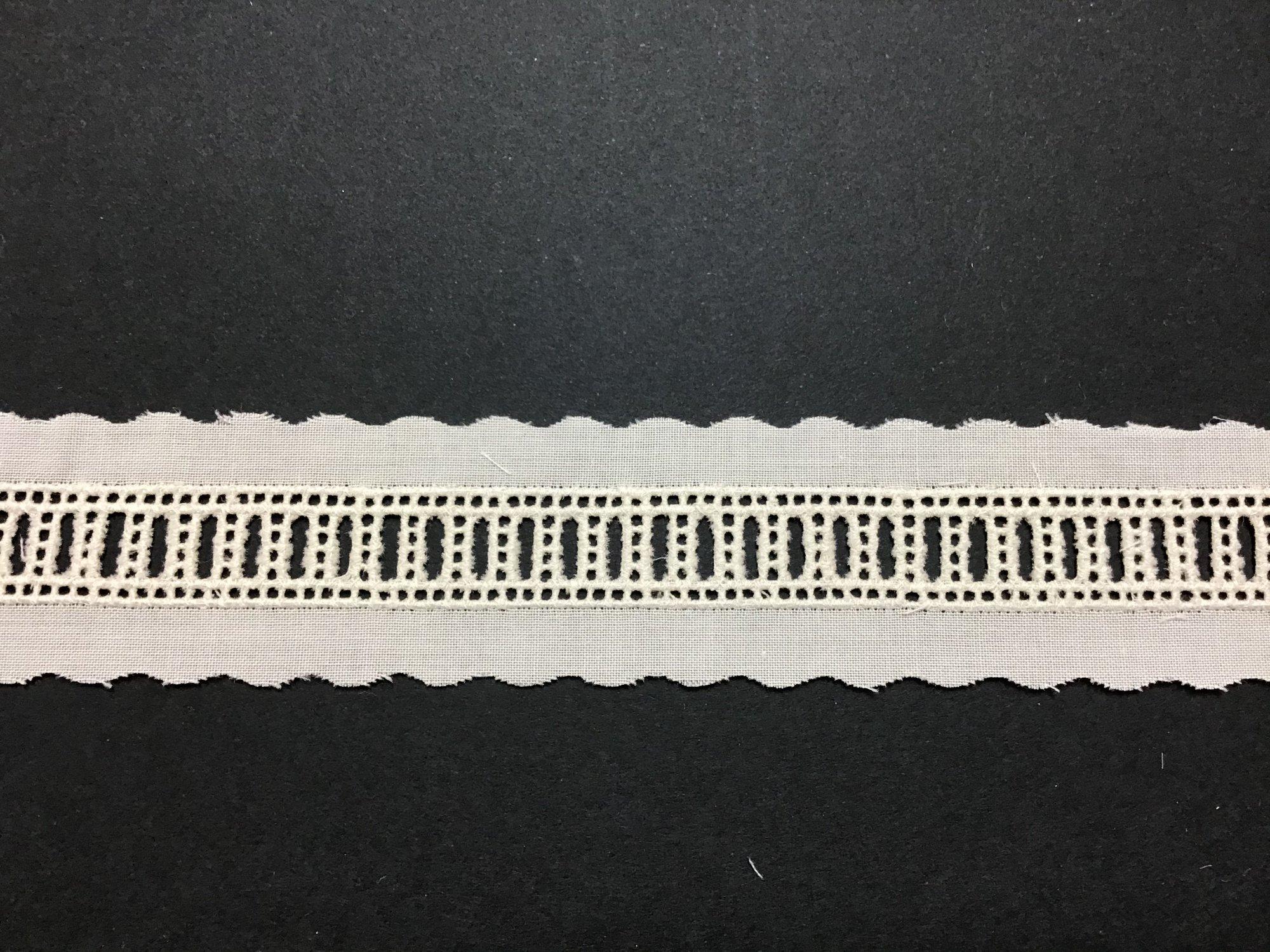 Swiss Embroidered Beading .5 Inch Ecru 71124-04