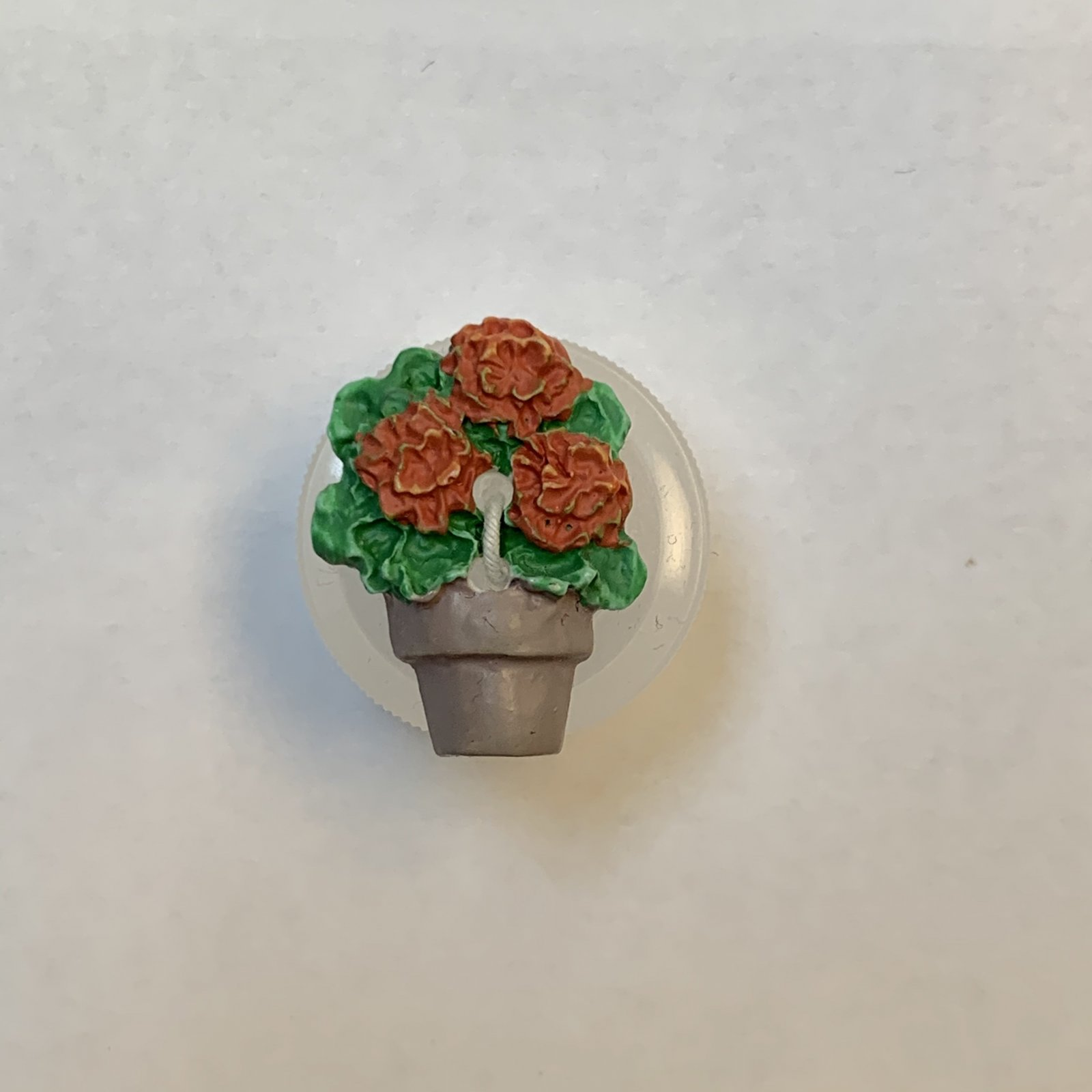 Potted Plant Button 5/8 Inch