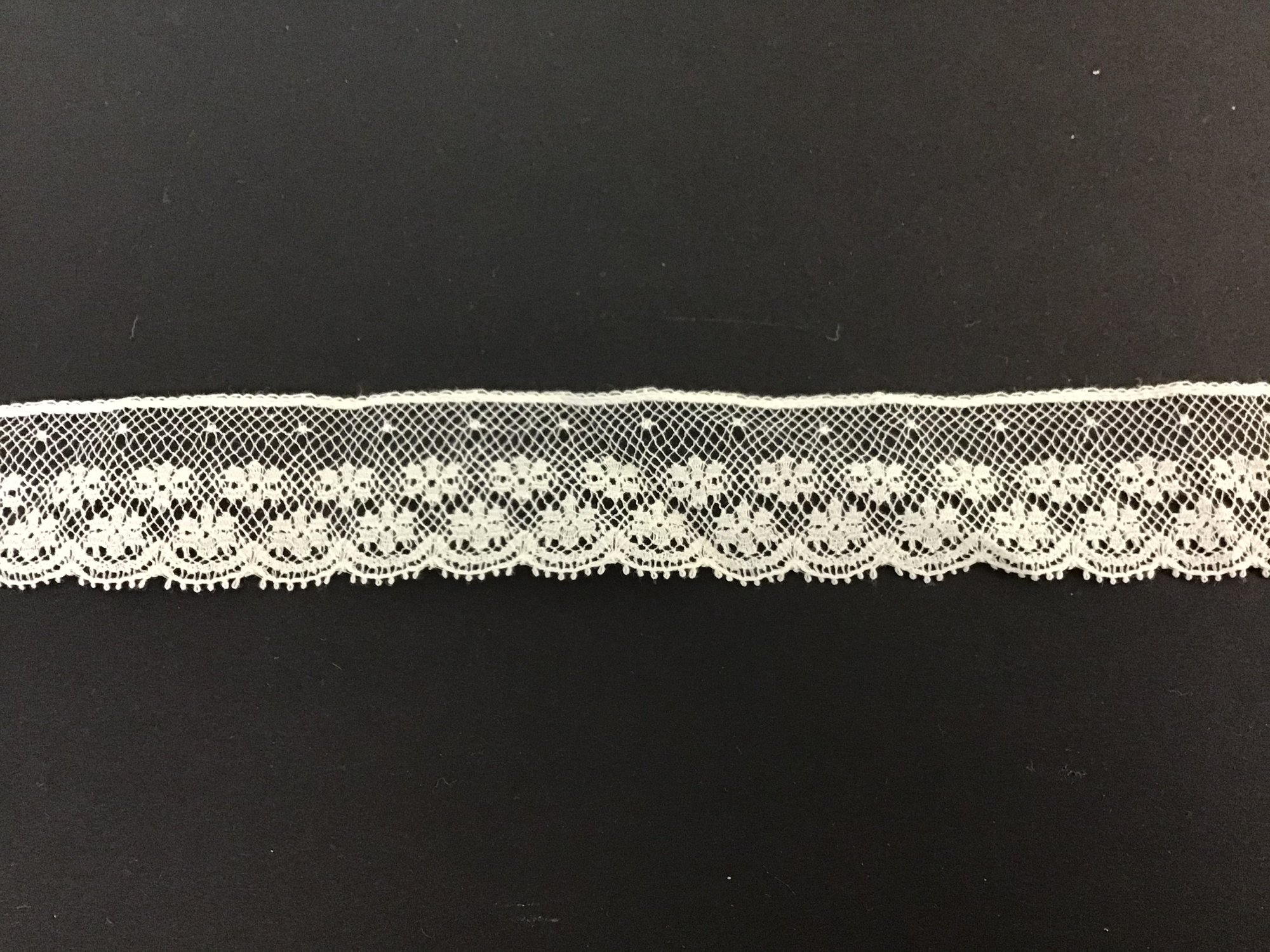 French Lace Edging 1 Inch Champagne 773-10