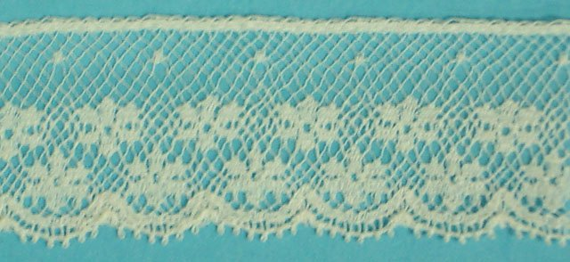 1 lace edging - champagne 773
