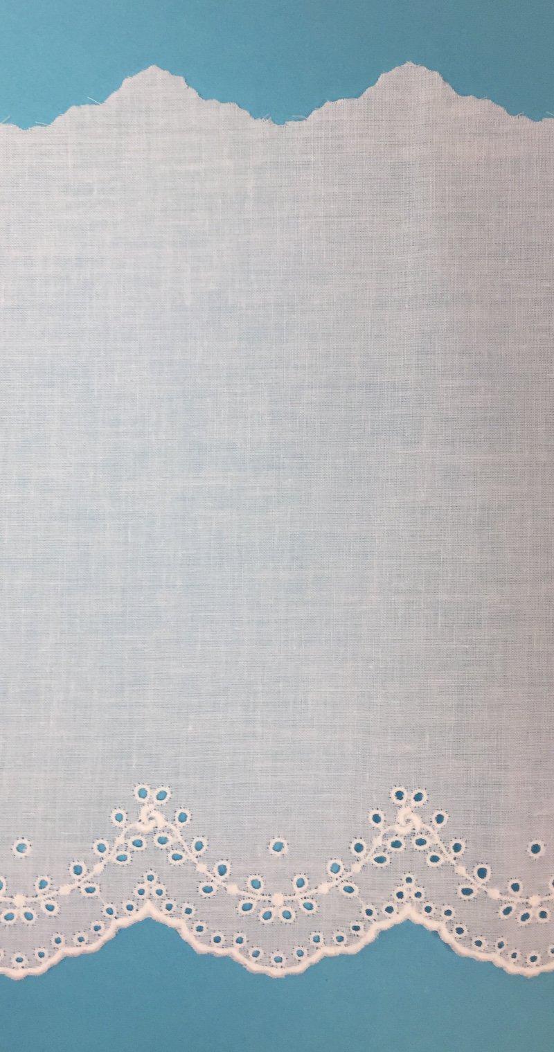 7 embroidered eyelet edging - white 80042