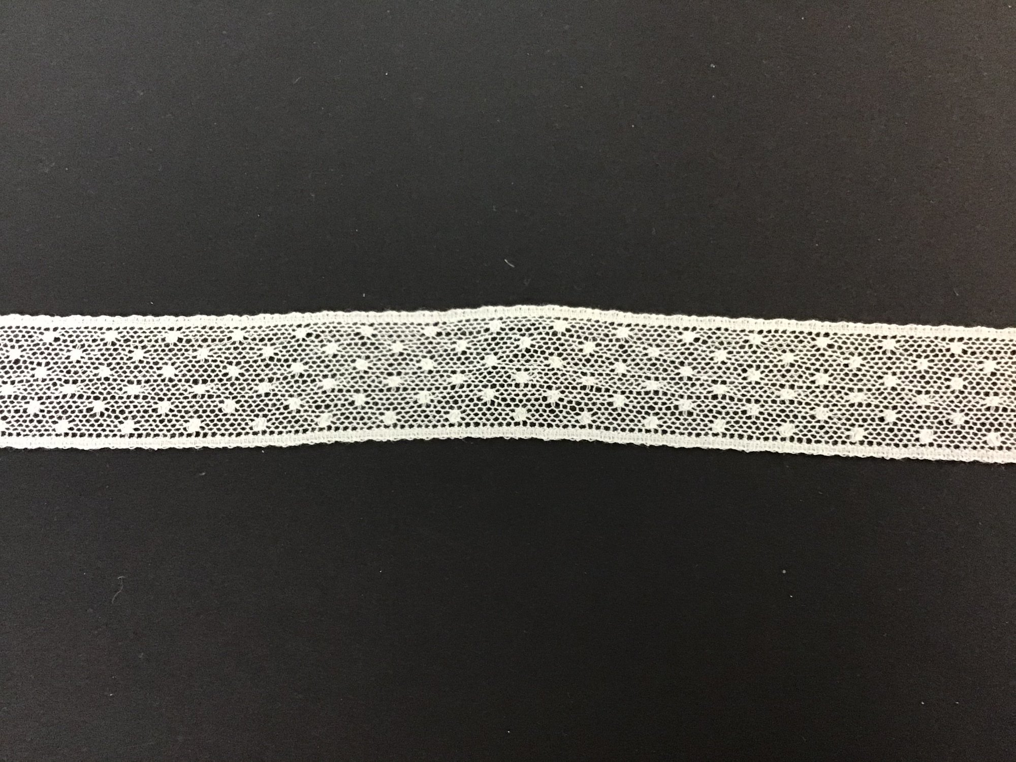 French Lace Insertion 1 Inch Champagne 21405-11