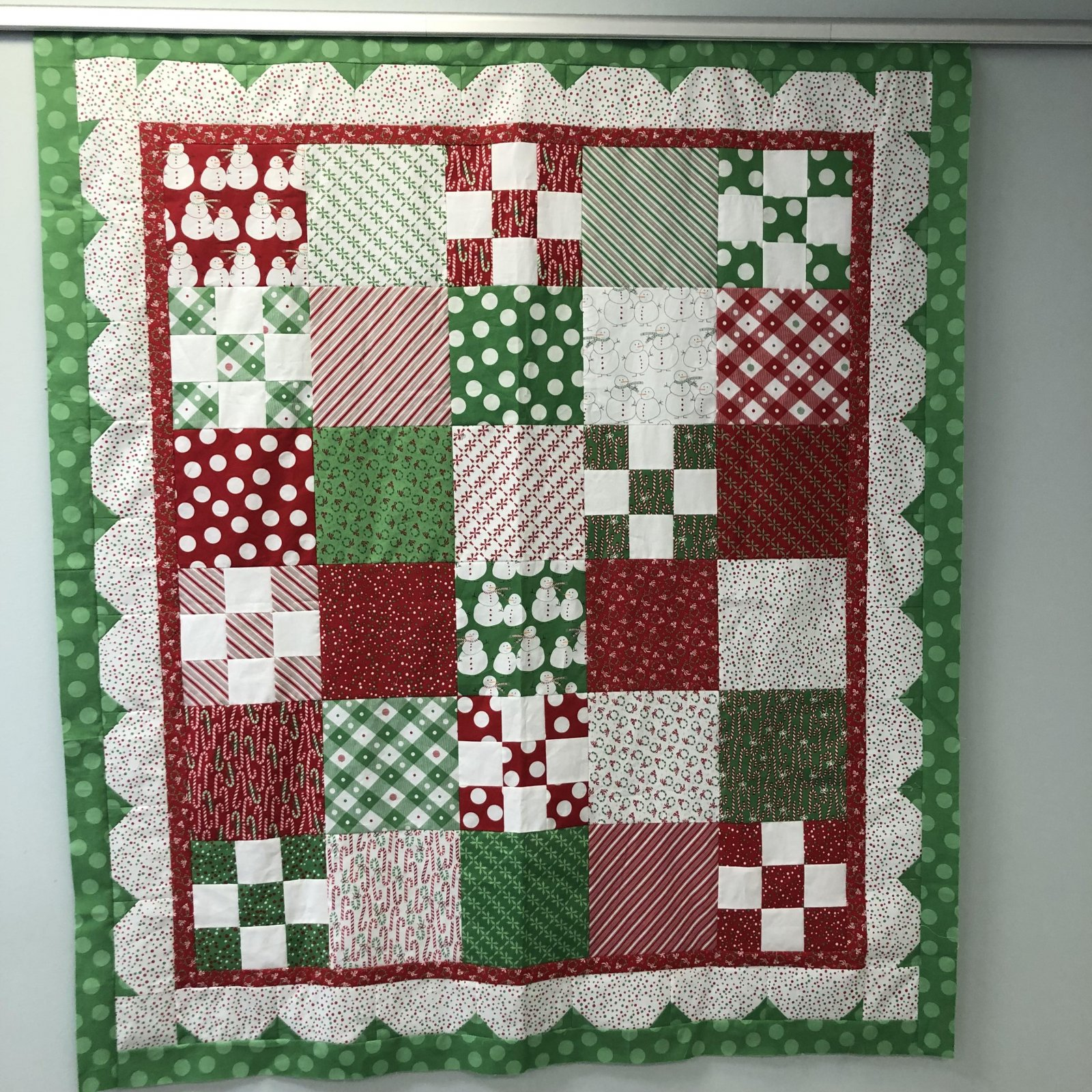 Merry and Bright Christmas Quilt Kit
