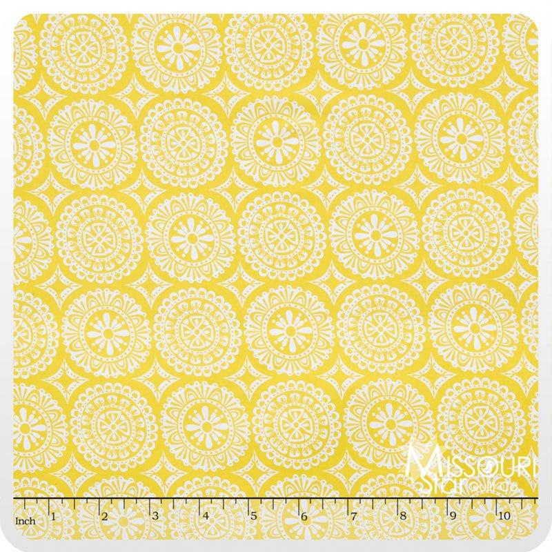 Garden Party Tango Medallion Yellow 38896-6