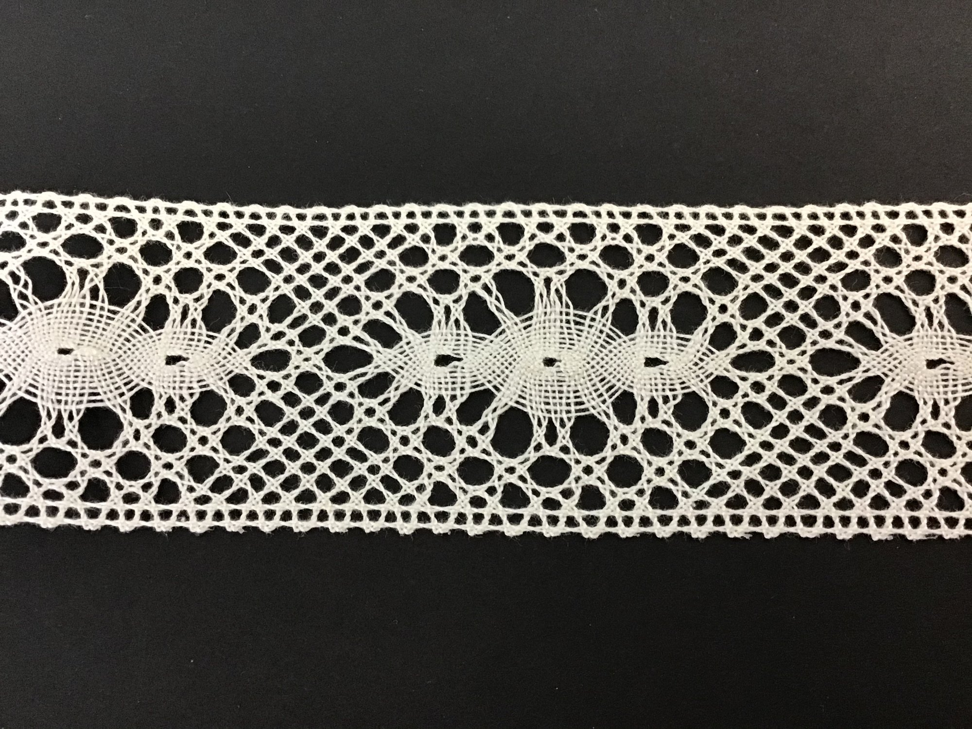 Spanish Cluney Lace Insertion 1 5/8 Inch Ivory 1676-12