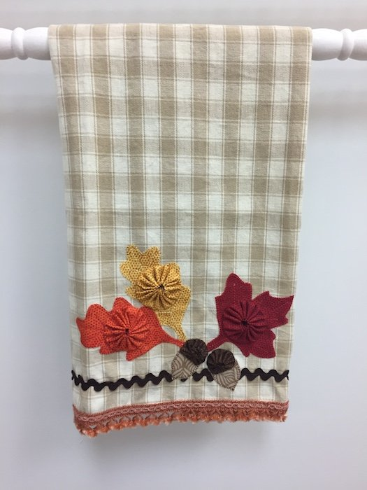 Leaves and Acorns Towel Kit
