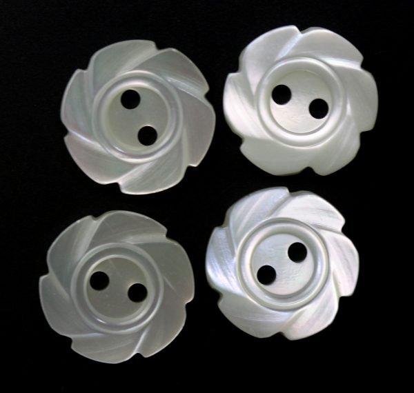 MOP 350 Snail Swirl Button