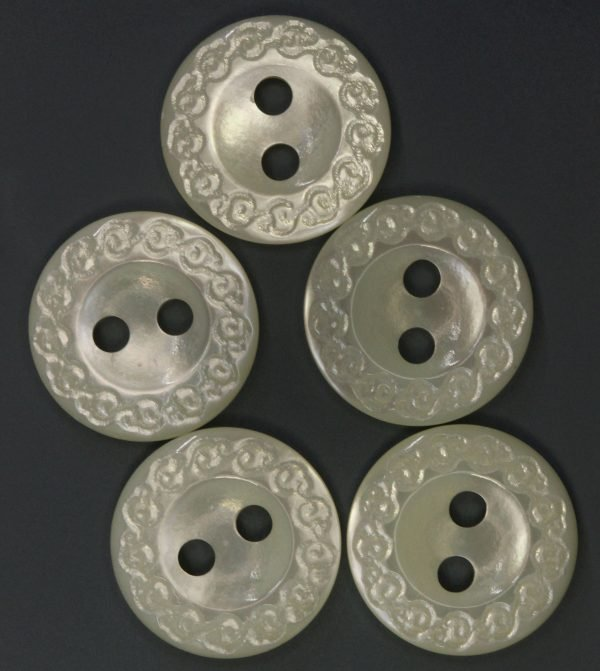 MOP 4737 Etched Ring Button