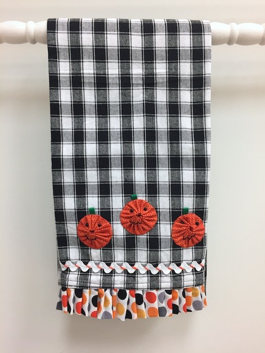 Three Little Jack-o'-Lanterns Tea Towel Kit