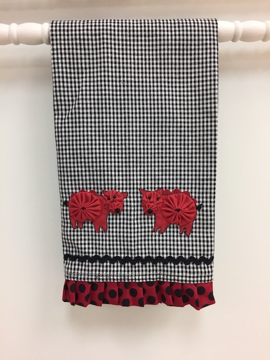 Red Pig Towel Kit