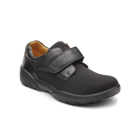 b0925ae9d19 Shoes