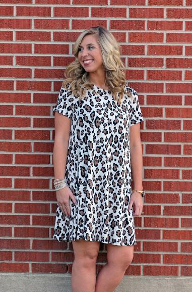 Leopard T-Shirt Dress. -Wht