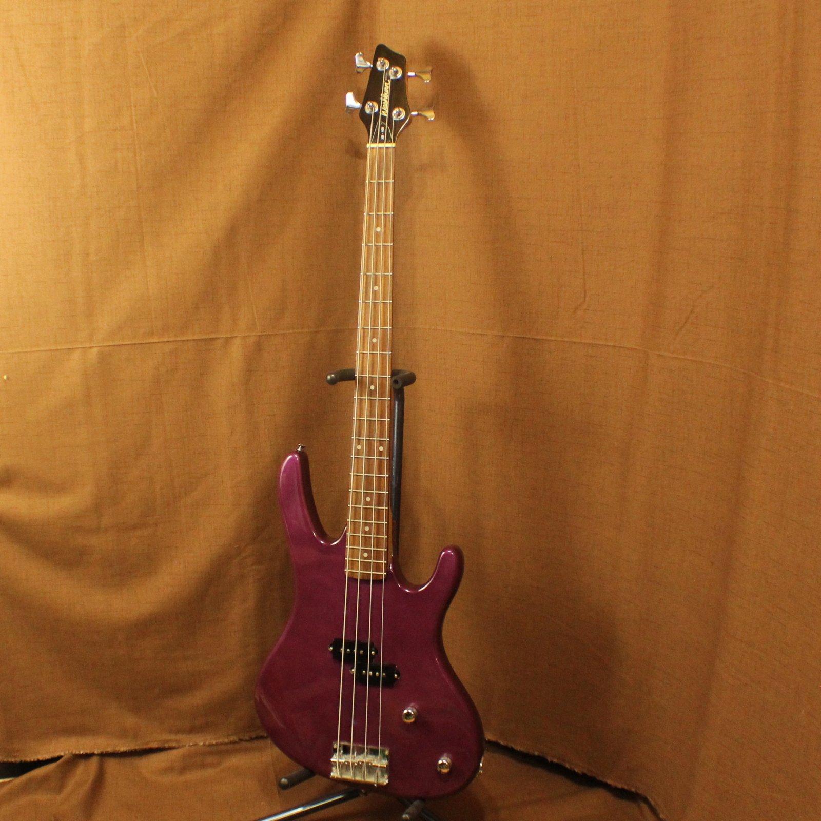 Washburn XB-100 Bass