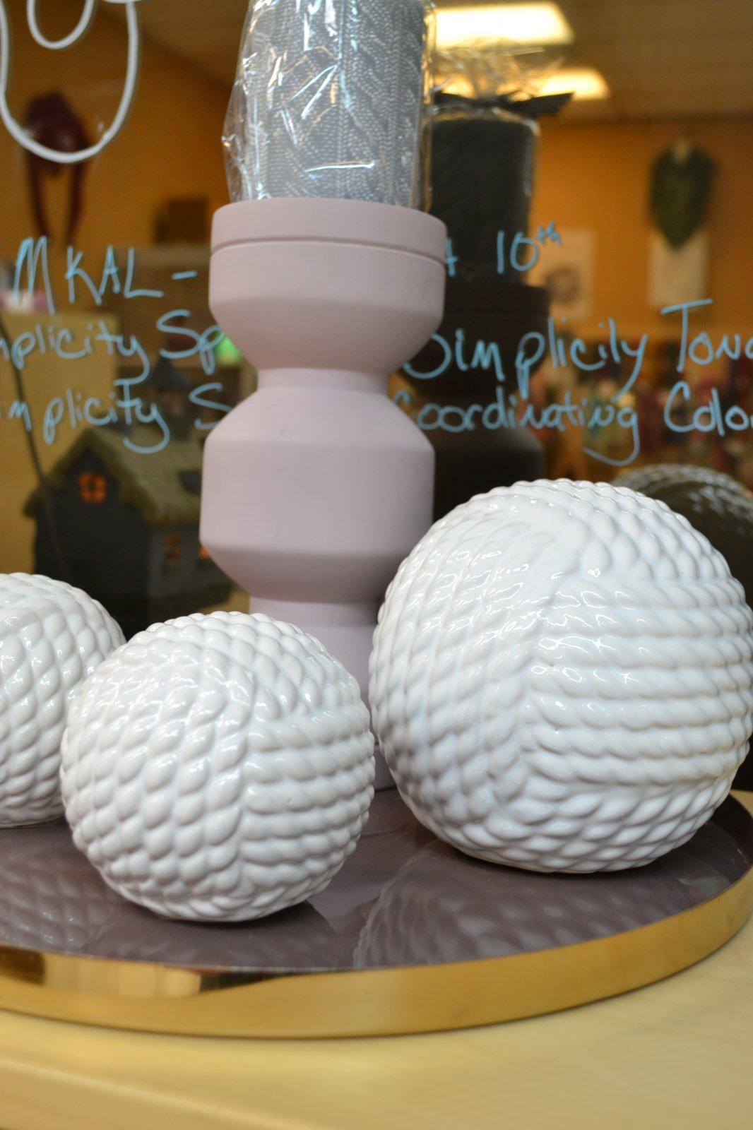 Ceramic Yarn Ball