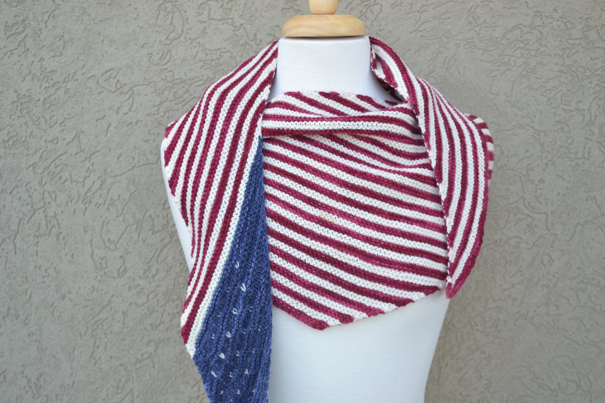 American Flag Shawlette Kit