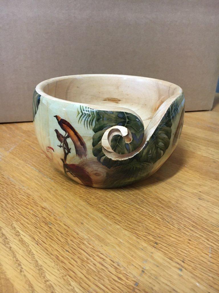 Decorated Pine Yarn Bowls