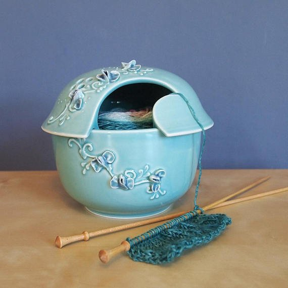Lidded Yarn Bowl Scoll Piping