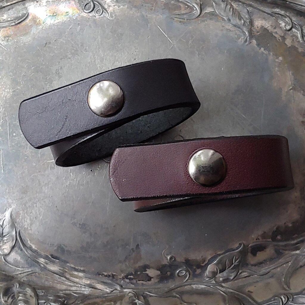 Pearl Primus Leather Shawl Cuff